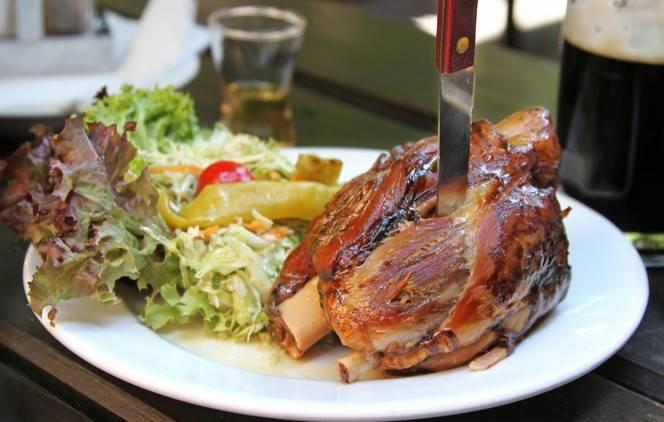 Лучшие рестораны праги, где поесть в праге вкусно и недорого, необычные кафе, еда в праге что попробовать