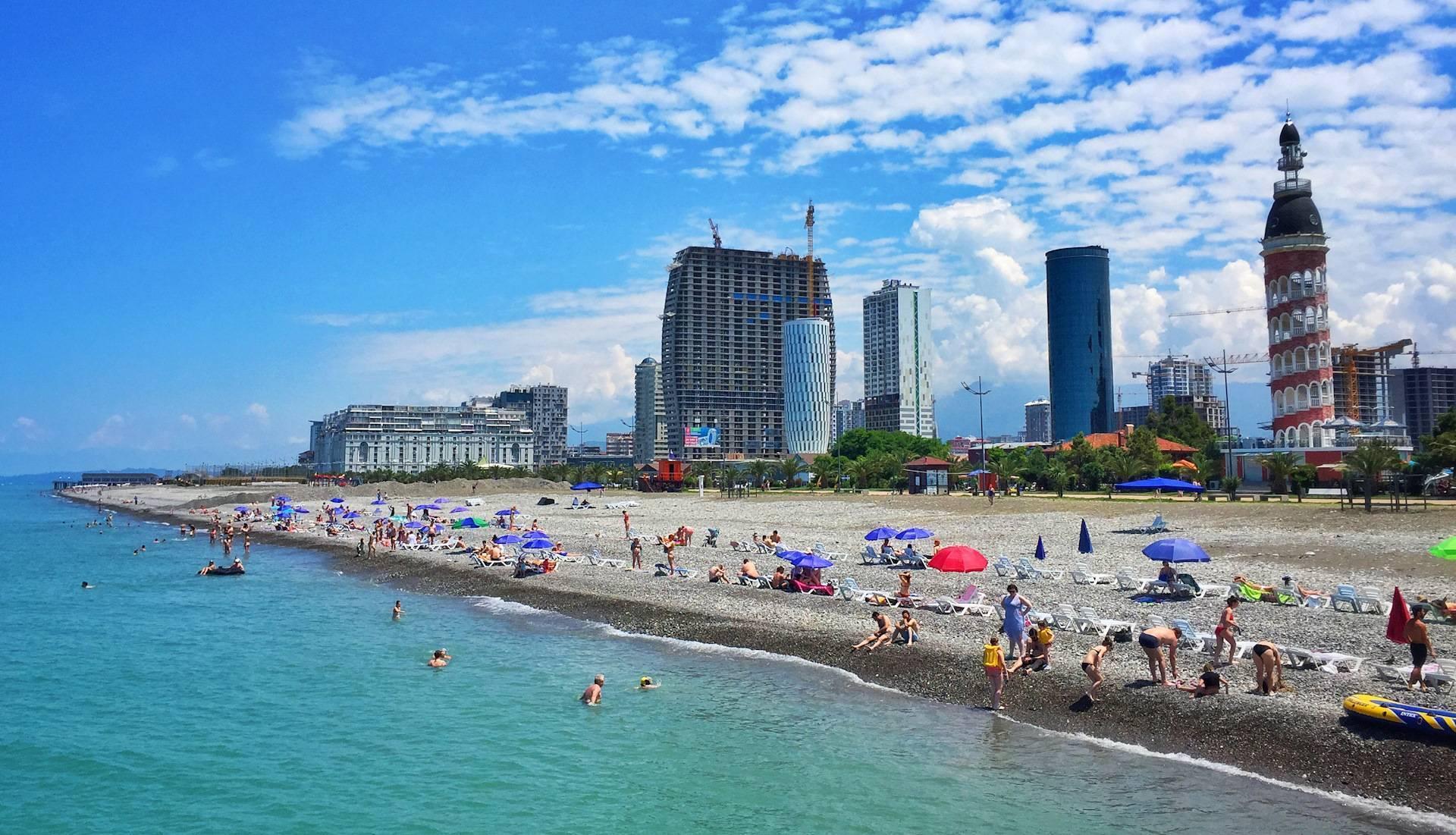 Море в грузии: какое у него название, есть ли курорты, где находятся самые чистые пляжи?