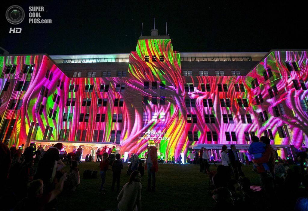 Фантастический фестиваль светового искусства проходит в берлине (видео) -