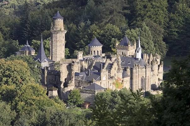 Сказочный замок левенбург