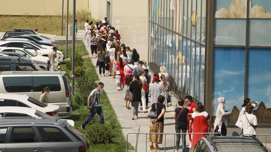 С ногтями на выход: треть салонов красоты москвы не сможет открыться 9 июня | статьи | известия