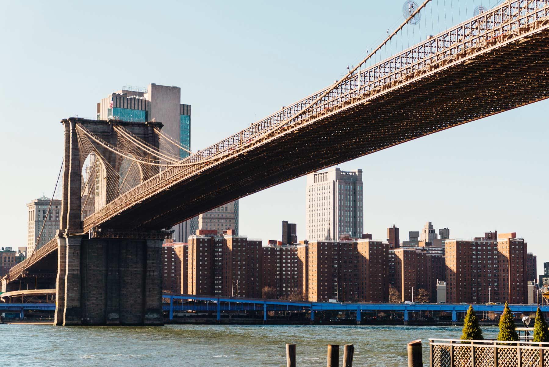 Символ нью-йорка — бруклинский мост