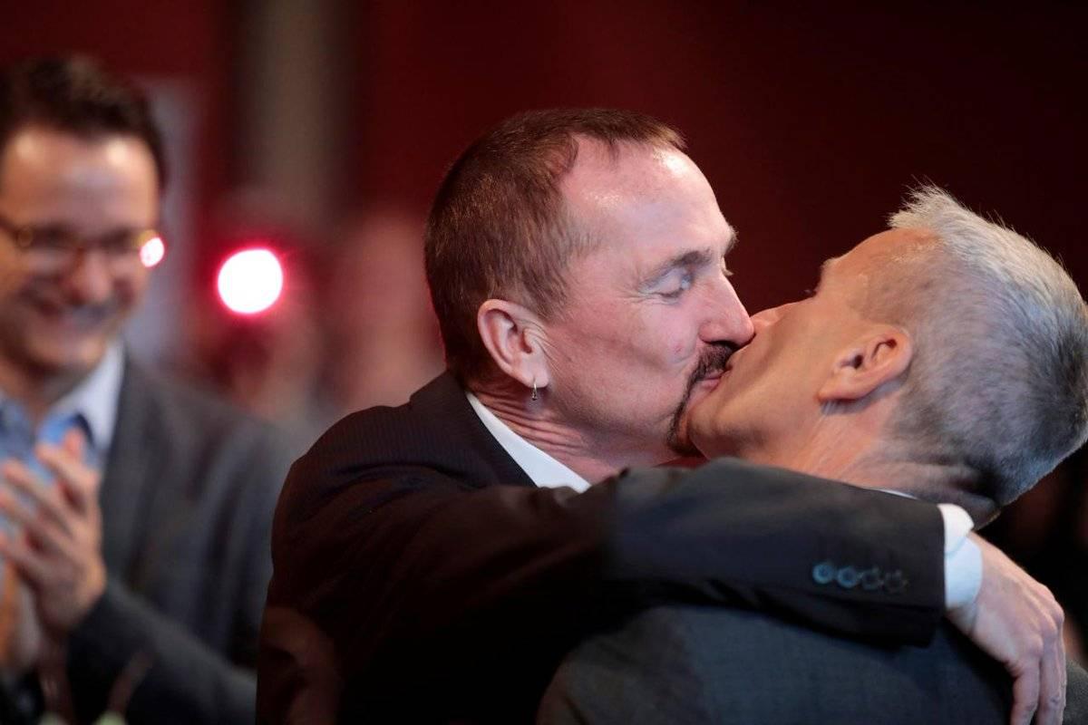 Однополые браки в россии: разрешат ли с 2020 года и какими правами обладают такие пары в рф?