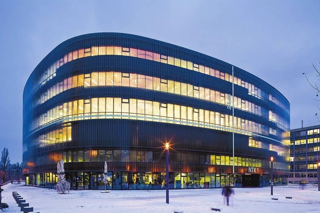 Чешский технический университет в праге — направления и факультеты, стоимость обучения, особенности