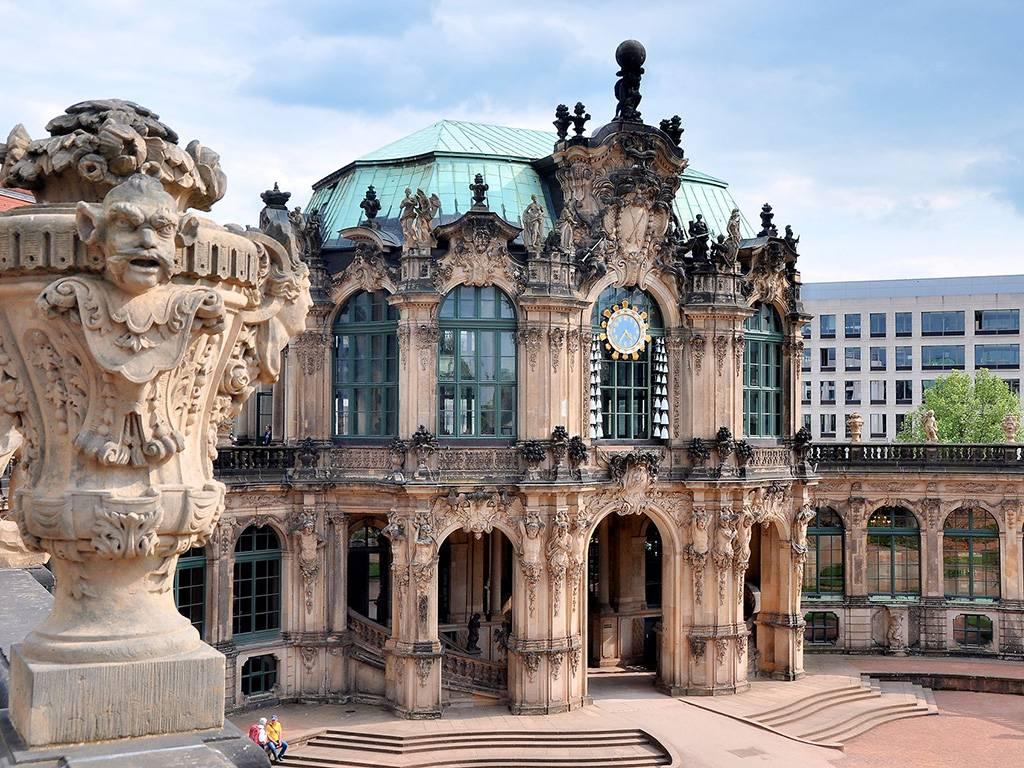 Цвингер – архитектурный ансамбль в стиле барокко в дрездене
