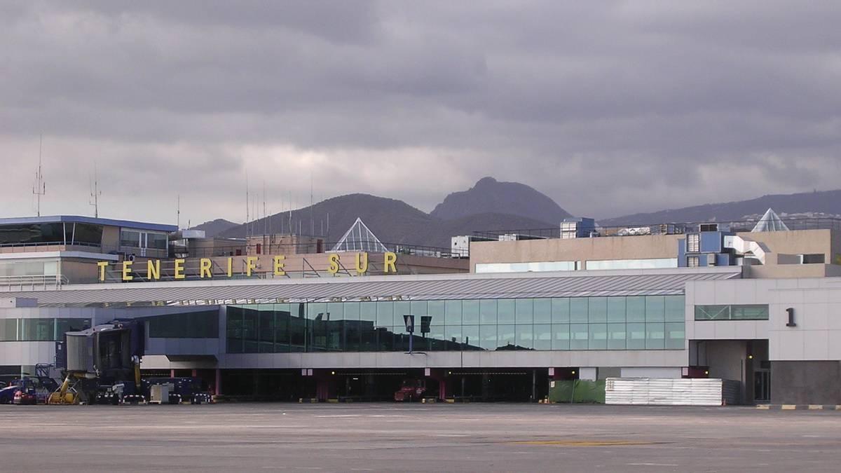 Аэропорт тенерифе на канарских островах: название, расположение на карте