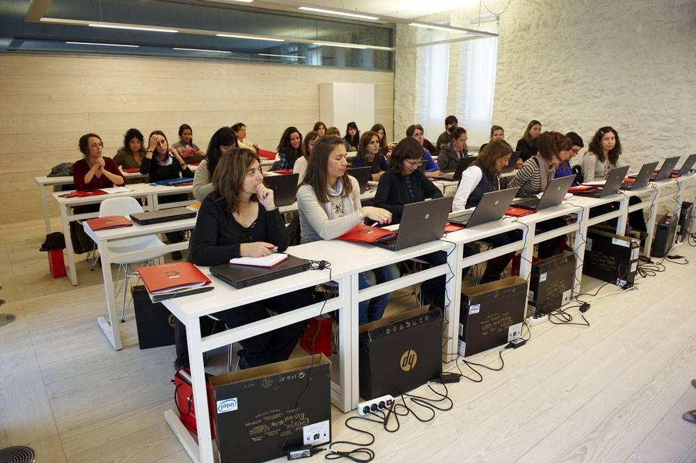 Школы дизайна в барселоне. испания по-русски - все о жизни в испании