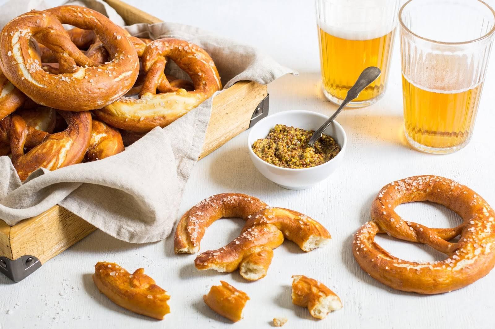 Баварский соленый крендель – рецепт по-немецки и его секреты