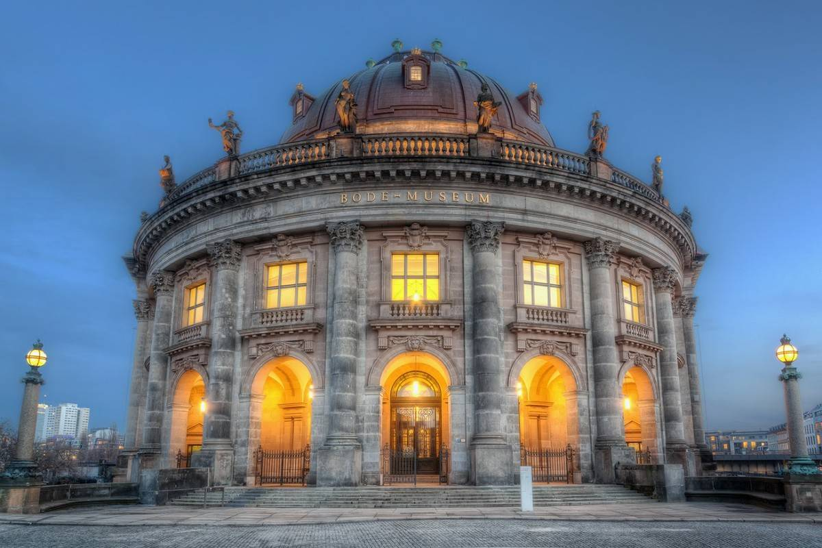 Самые знаменитые музеи мира: где они находятся и чем знамениты?
