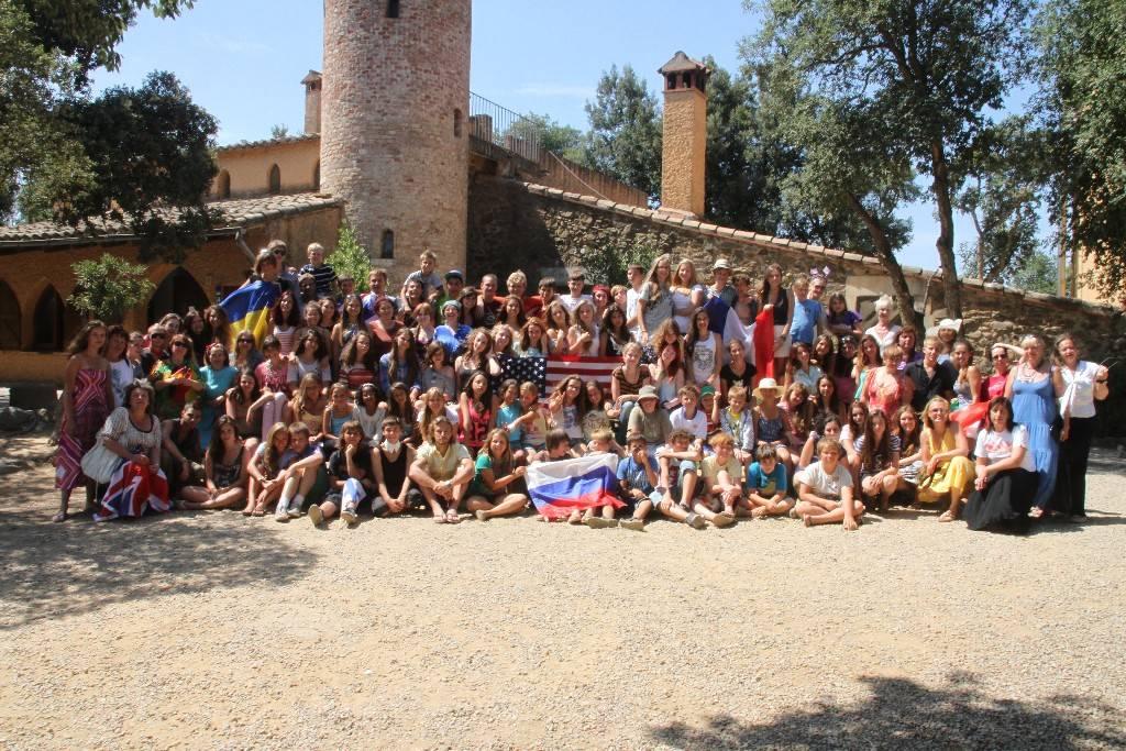 Театральные лагеря для детей в испании 2021 - купить путевку, бронирование бесплатно