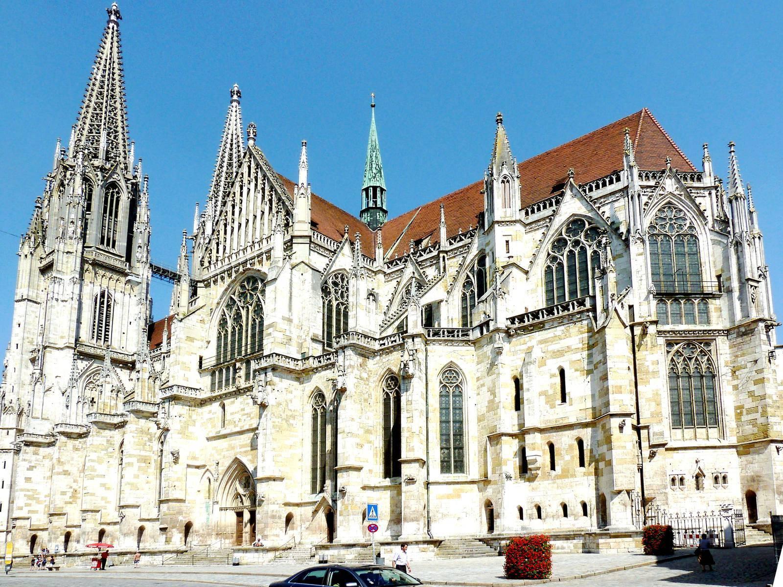 Путешествие в регенсбургский собор — шедевр немецкой готики