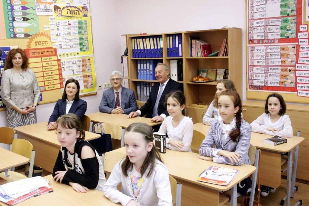 Русские в латвии 2019 году: жизнь, сколько их, отношение к ним