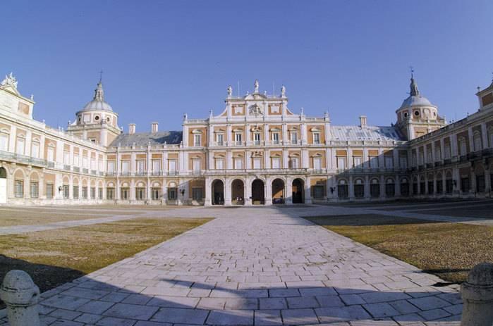 Королевский дворец в мадриде (испания): история, описание-что внутри, часы работы и стоимость билетов, как добраться
