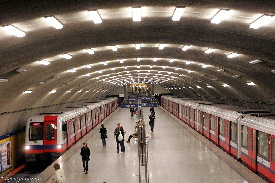 Во сколько открывается метро в москве и санкт-петербурге 2021 | часы работы