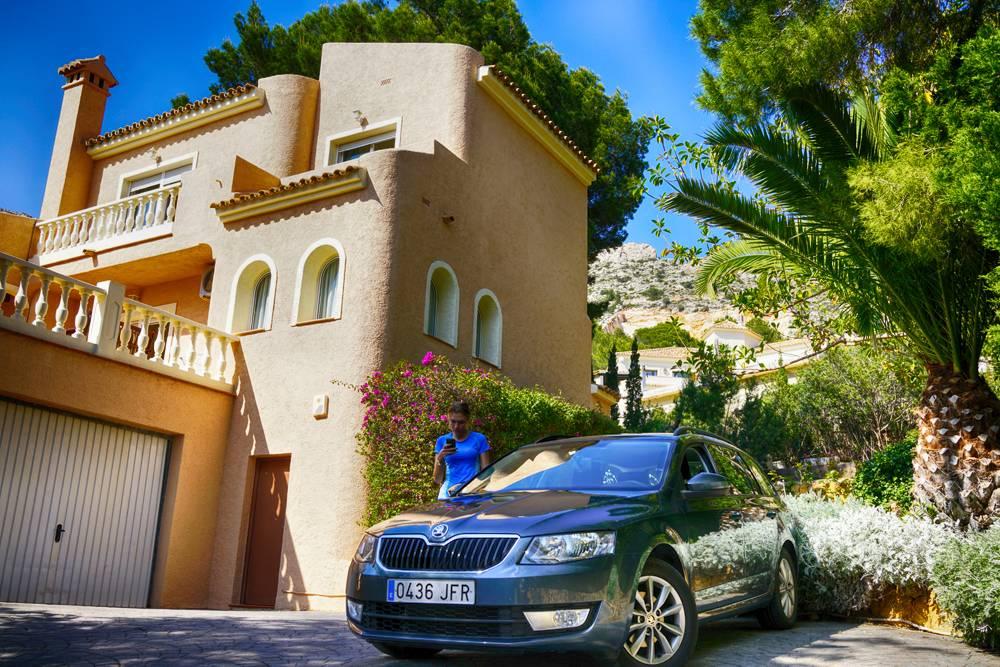 На арендованной машине по европе