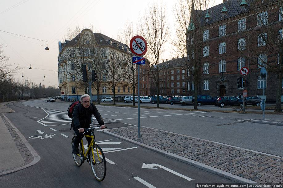 Блог андрея думчева: велопарковки - ошибки в проектировании и правильные примеры