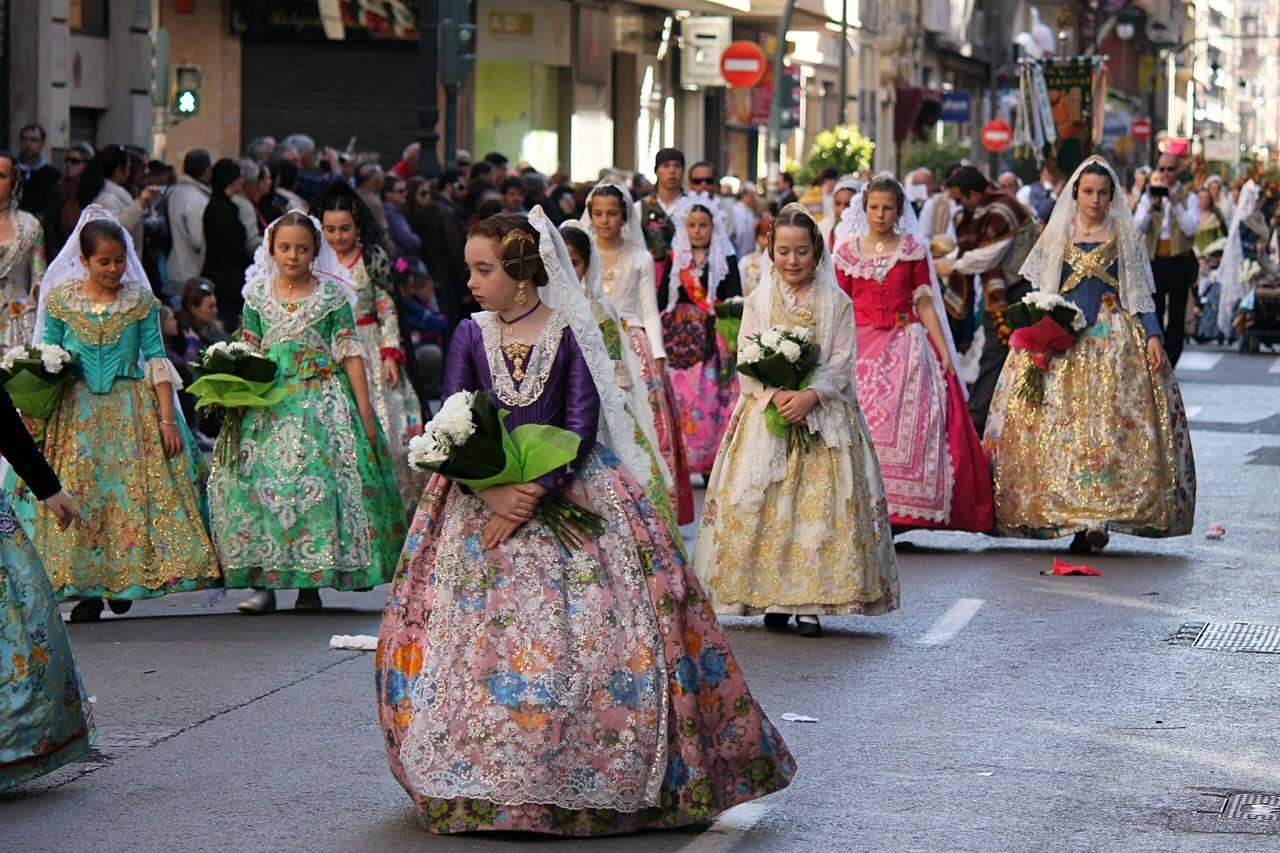 Традиционные праздники в испании и фестивали: более детальное описание забав