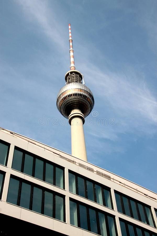 Берлинская телебашня – панорамный вид на город