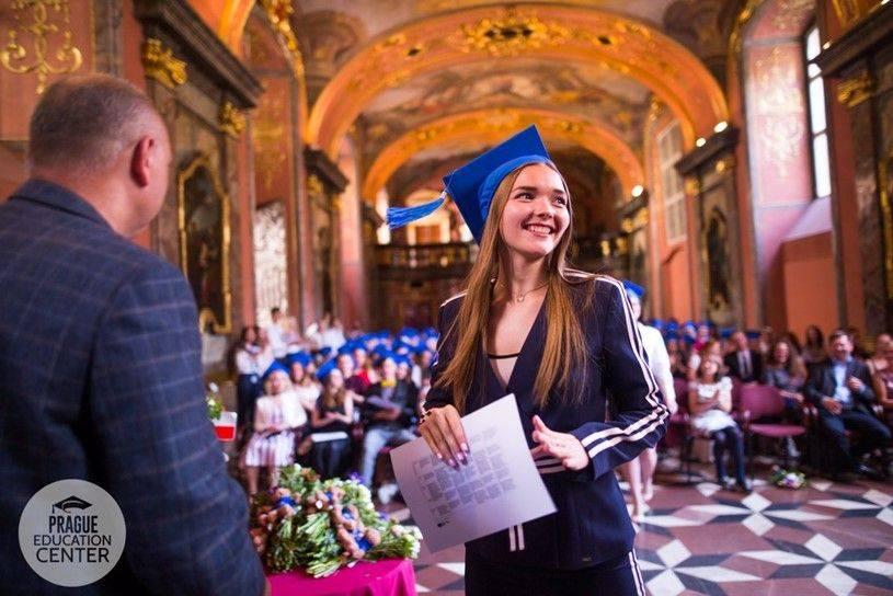 Что нужно для того, чтобы поступить в чешский университет?