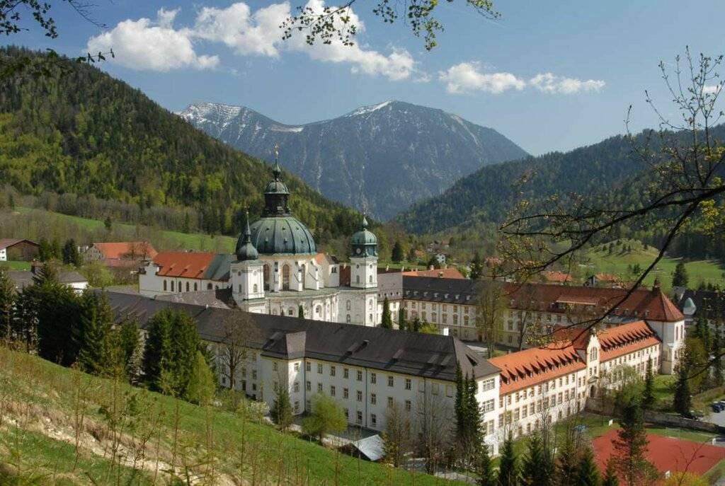 Монастырь Этталь — семивековой центр культуры и духовности