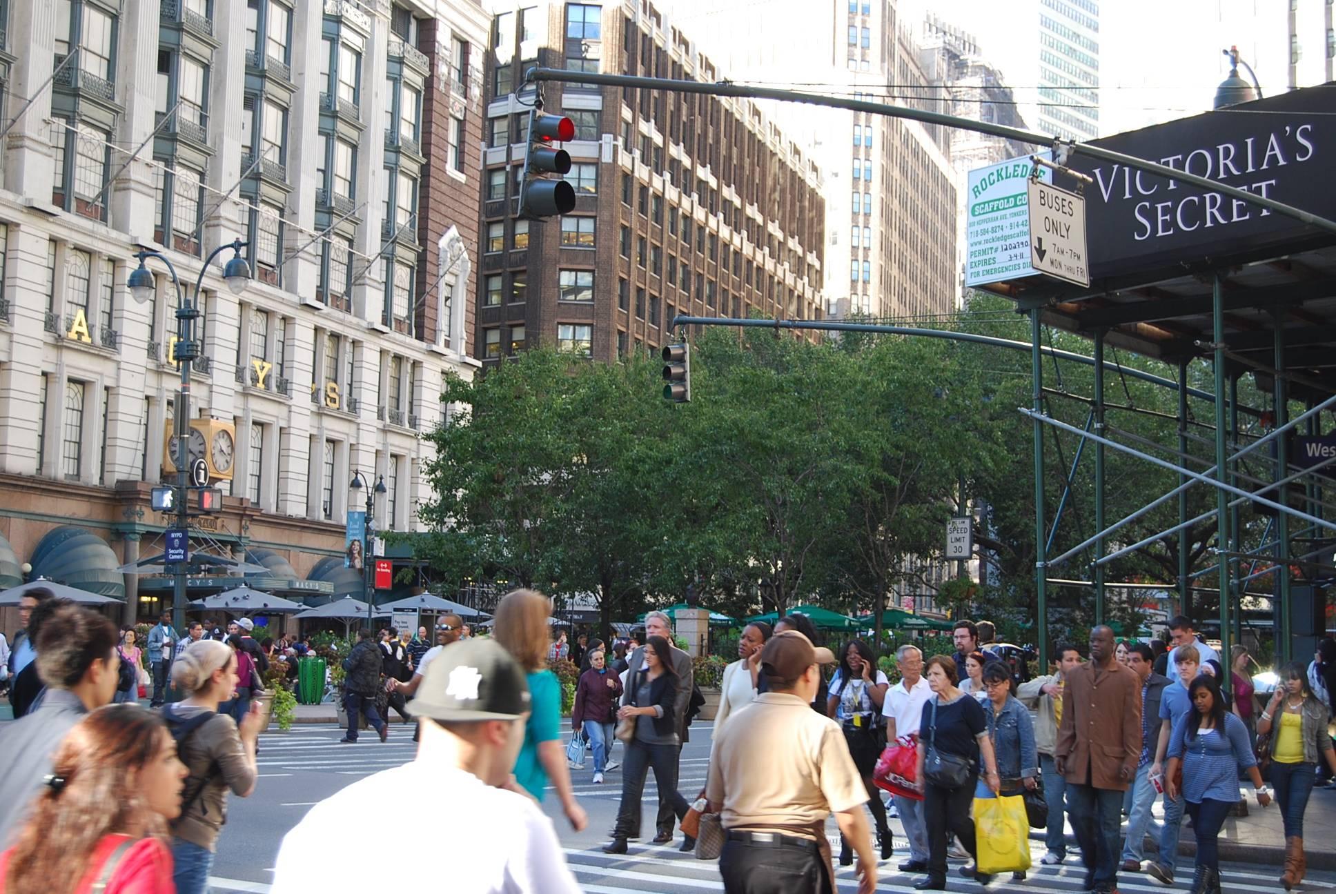 Минимальная и средняя зарплата в нью-йорке 2021 года: доходы местных жителей и мигрантов