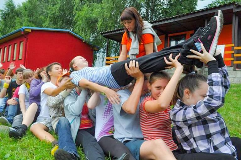 Языковые лагеря для детей с изучением чешского  2021 - купить путевку, бронирование бесплатно
