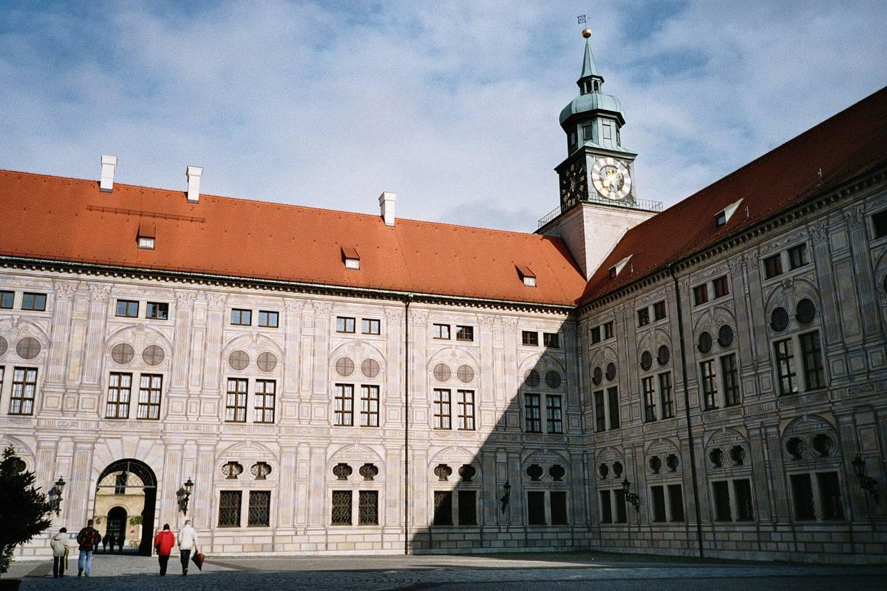 Мюнхенская резиденция — википедия. что такое мюнхенская резиденция