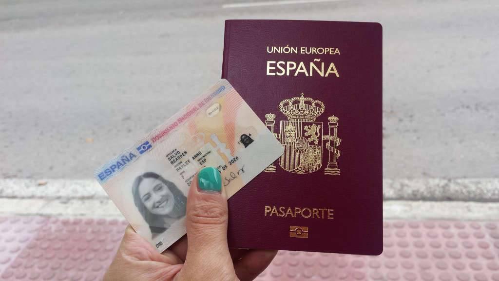 Внж в испании для пенсионеров из россии в 2021 году при покупке недвижимости: как получить, какие документы нужны