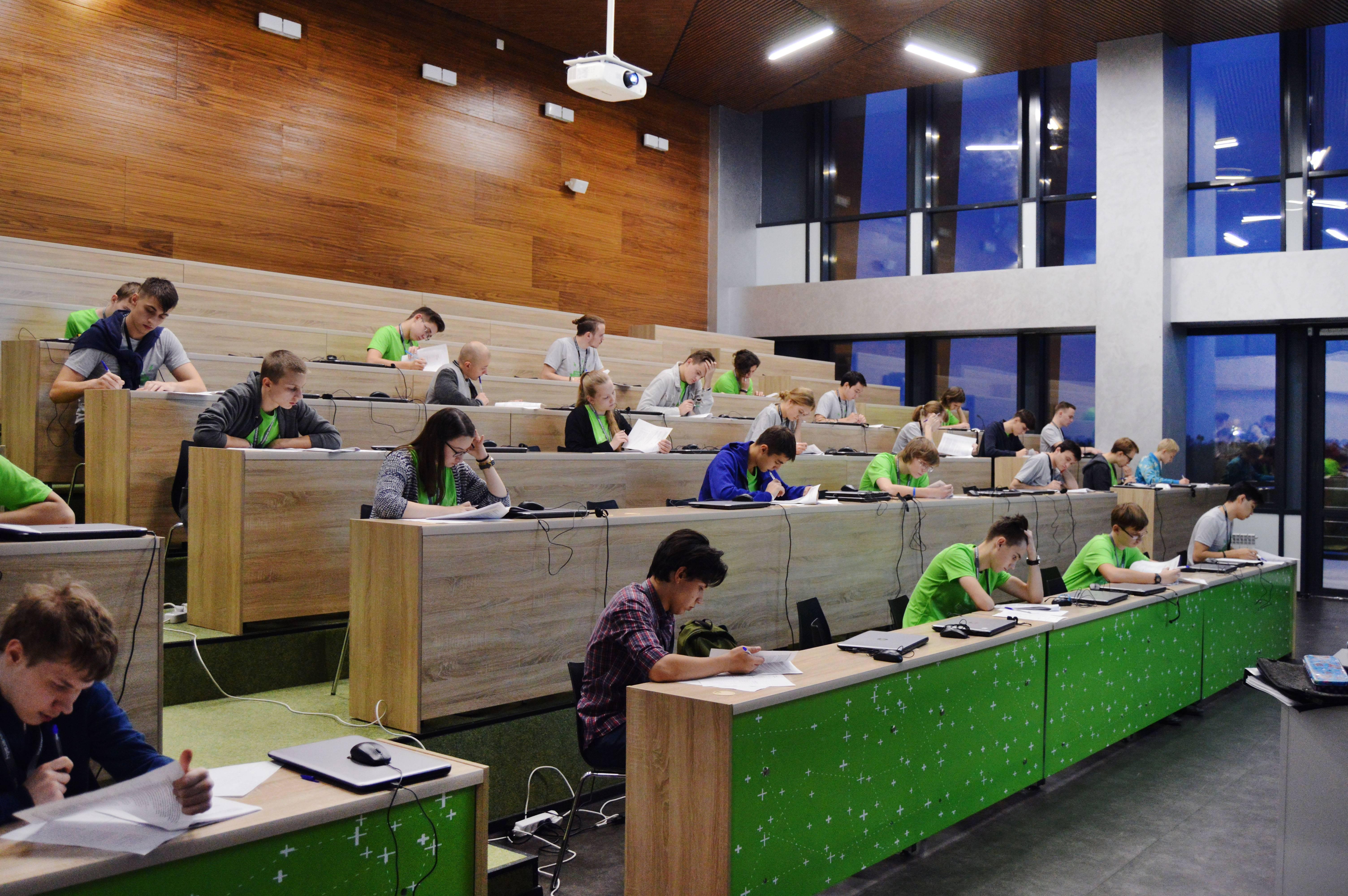 Учебные заведения лодзи. университеты лодзи (8 вузов) ᐈ все об обучении в г. лодзь, польша   проект «образование без границ»