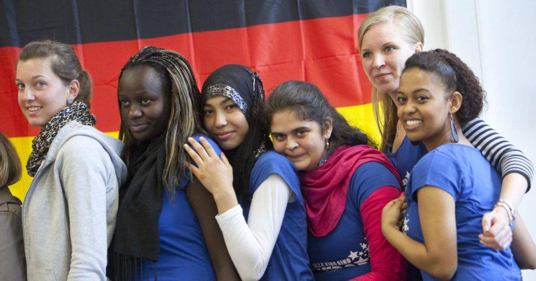 Проблемы адаптации инокультурных мигрантов в германии в 1990 - е гг. абдулрахман фарук муса