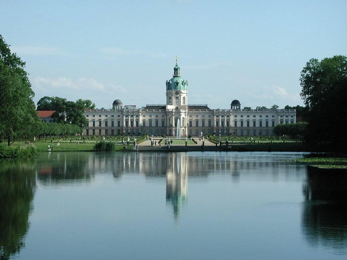 Замок шарлоттенбург в берлине: описание, история, как добраться