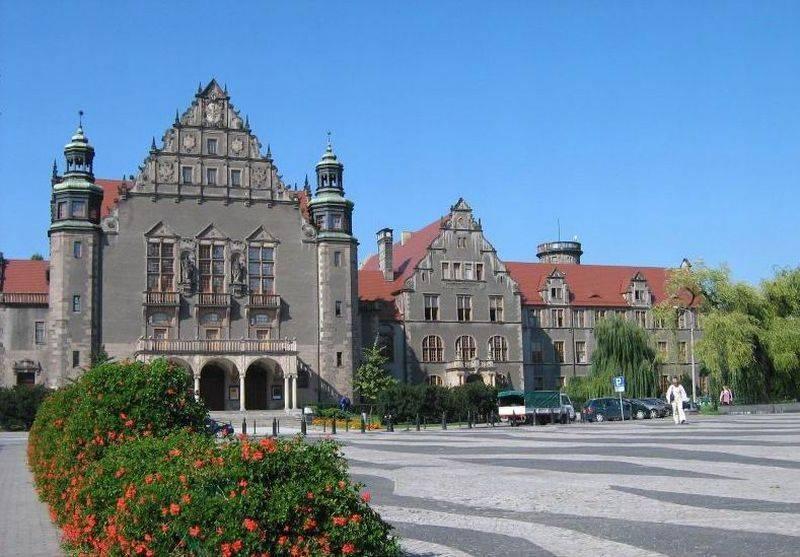 Лингвистические специальности. какой польский университет выбрать? | up-study