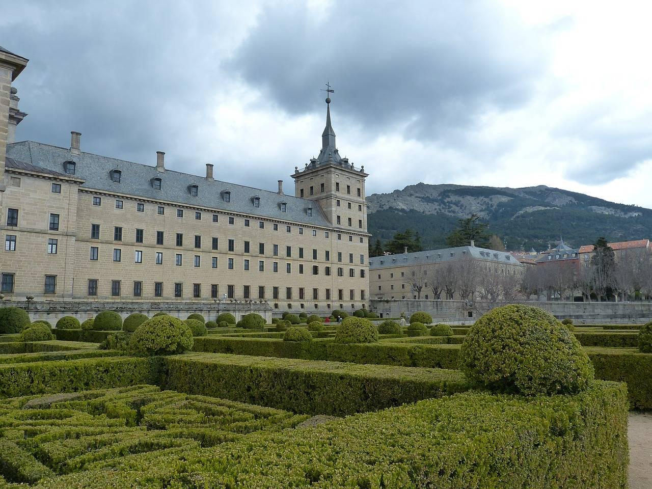 Монастырь эскориал: история, описание, что посмотреть и как добраться