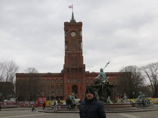 Мэрия немецкой столицы: Красная Ратуша в Берлине
