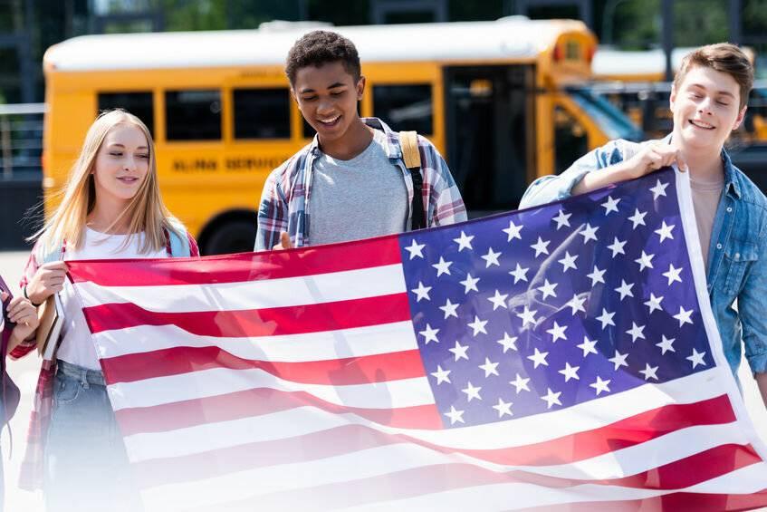 Как стать участником программы международного обмена школьниками?