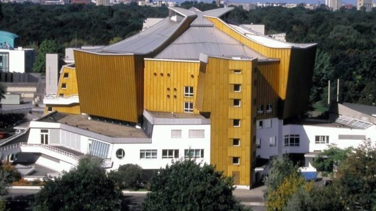 Концертный зал берлина (konzerthaus berlin). фото
