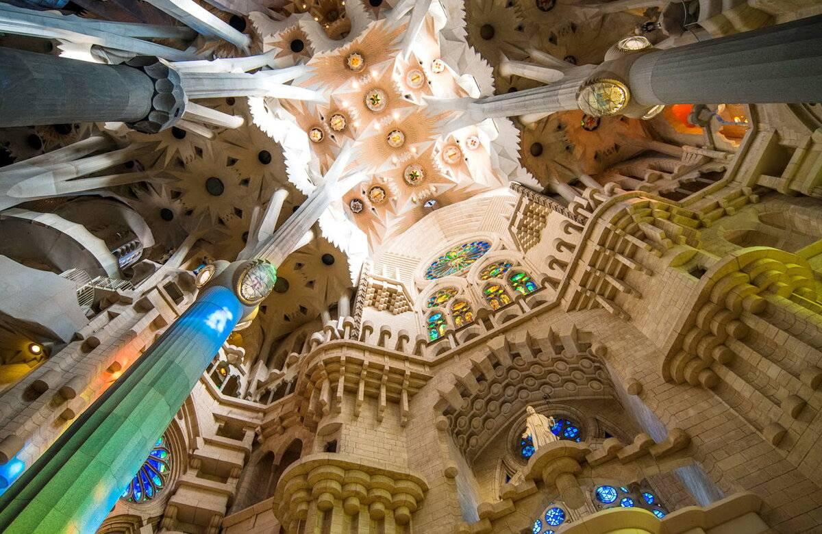 Барселона. экскурсия в храм саграда фамилия