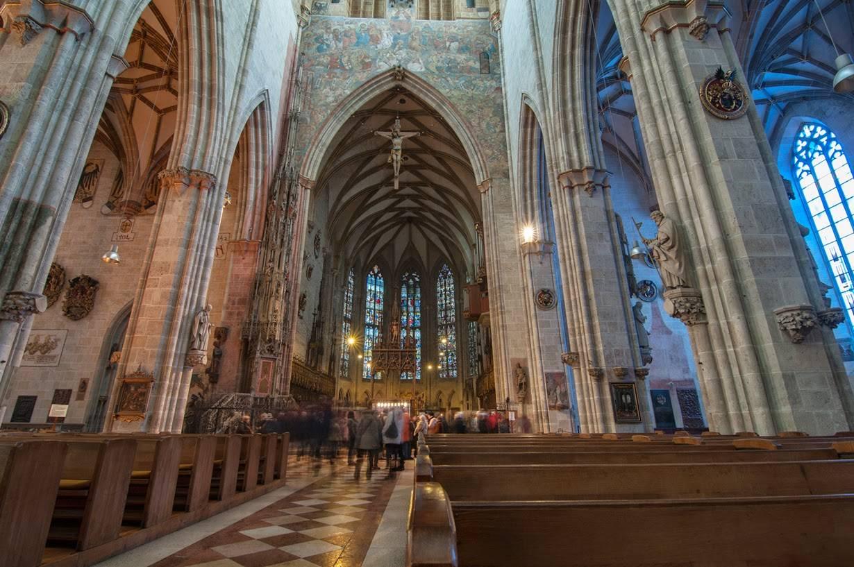 Кёльнский собор - вечное строительство во имя жизни