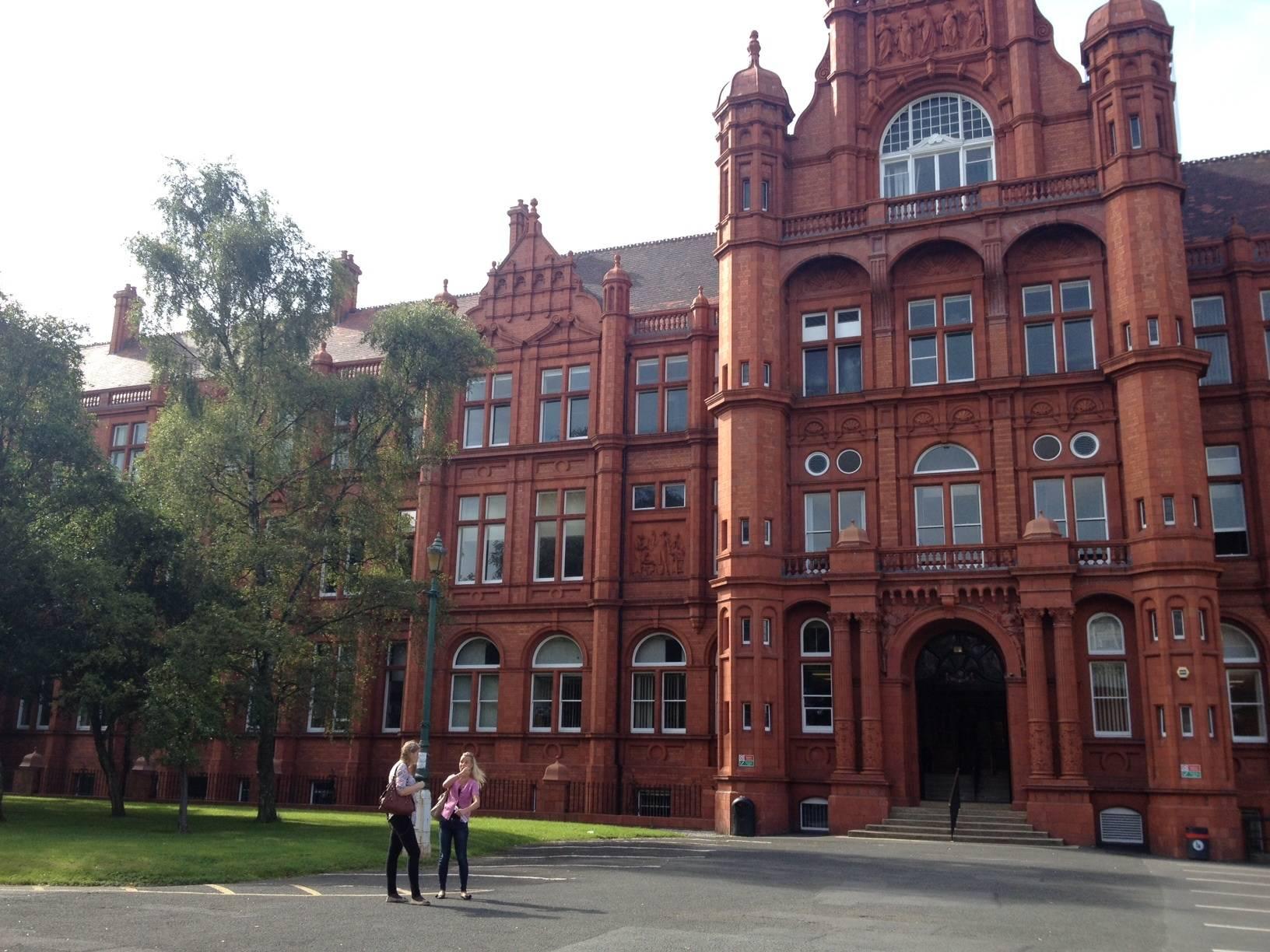 The sims 4 в университете – все о стипендиях и поступлении в университет – simsmix