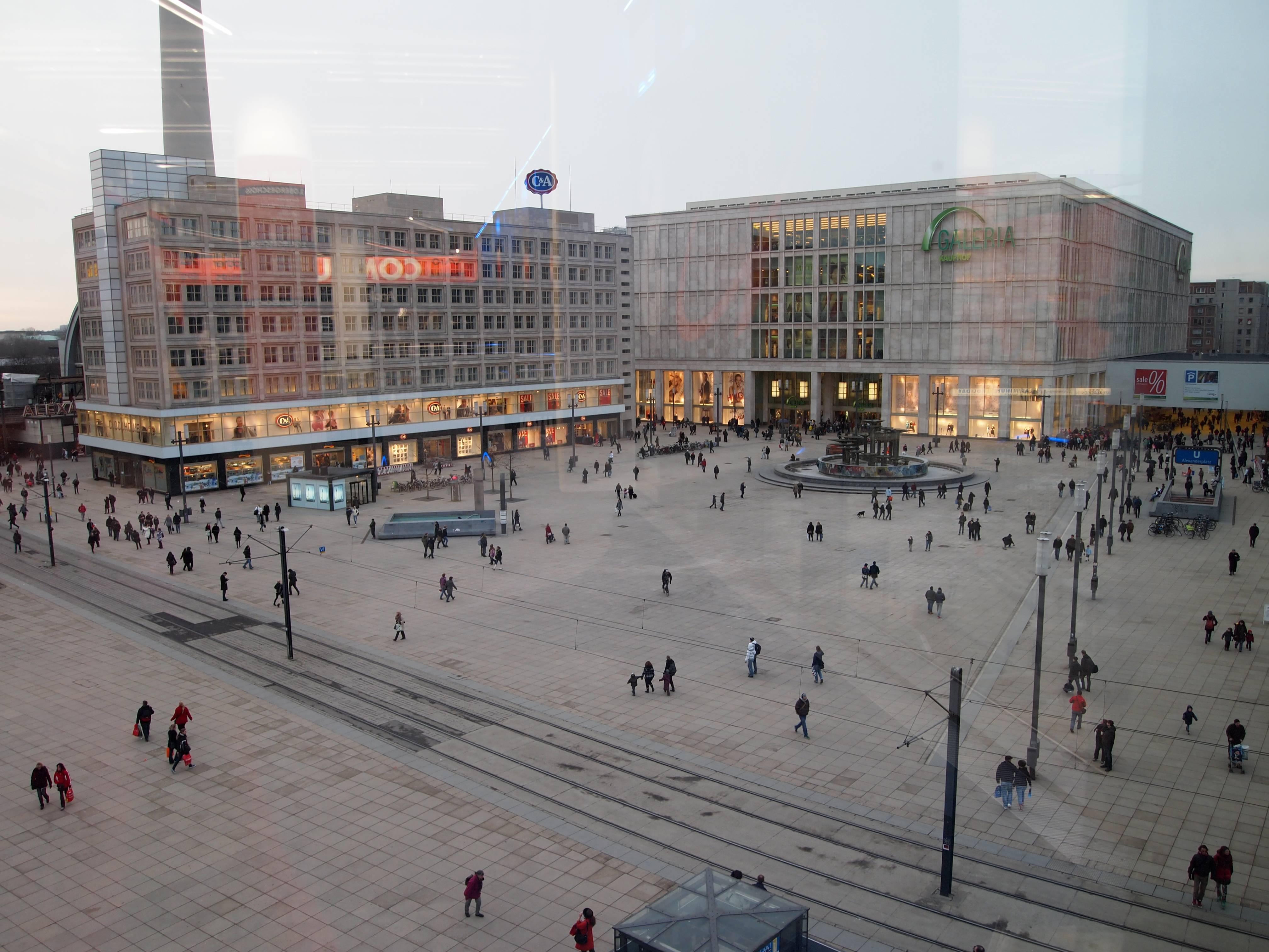 Александерплац, берлин. отели рядом, фото, видео, как добраться, шопинг, магазины, аутлет, рестораны, ювелирные магазины, пивоварни — туристер.ру