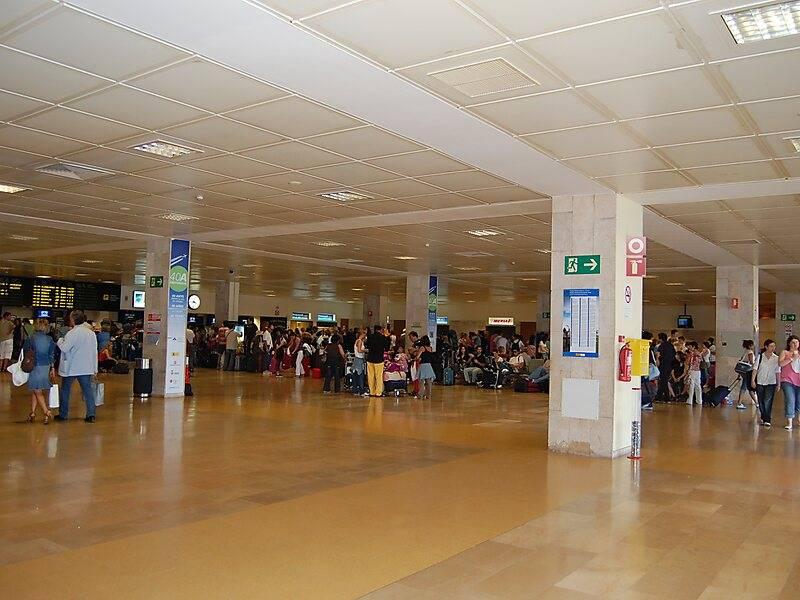 Как добраться до аэропорта жироны: расписание транспорта