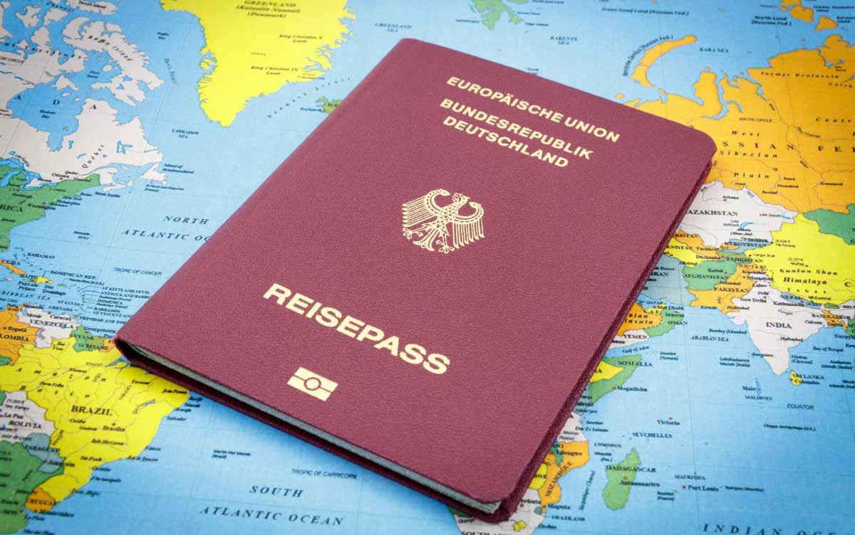 Получение немецкого гражданства через этнические корни - помощь, консультация от специалистов