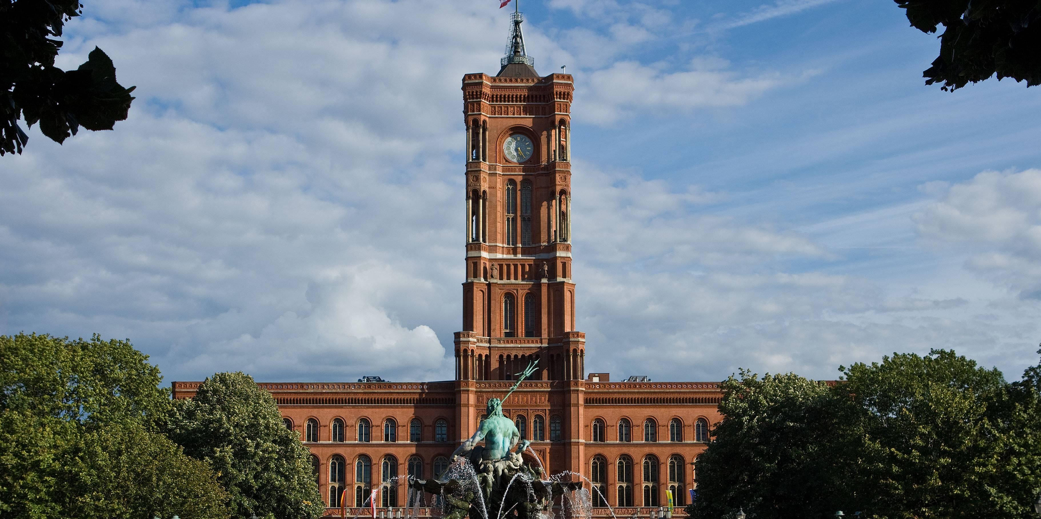 Достопримечательности берлина за 1 или 3 дня: названия знаковых объектов главного города германии, краткие описания и фото