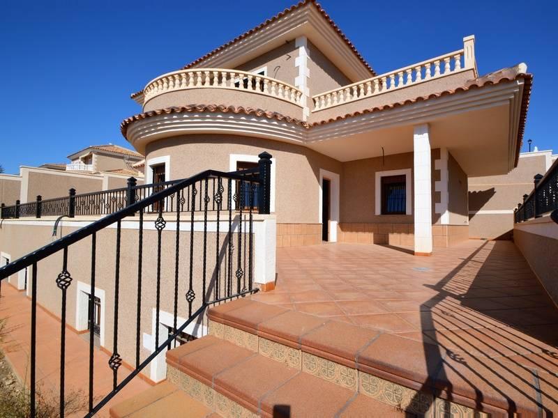 Как гражданину россии купить недвижимость в испании: советы россиянину по оформлению домов и квартир в кредит  — barcelona realty group