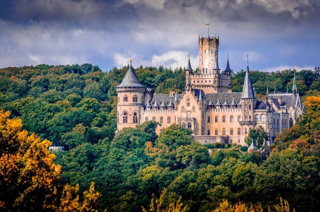 Жемчужтна германии - прекрасный замок мариенбург