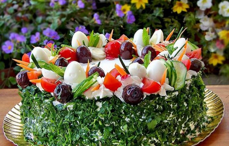 Красивые салаты. оформление салатов и закусок. как красиво украсить салаты и закуски овощами, зеленью, яйцом, майонезом, ананасом?