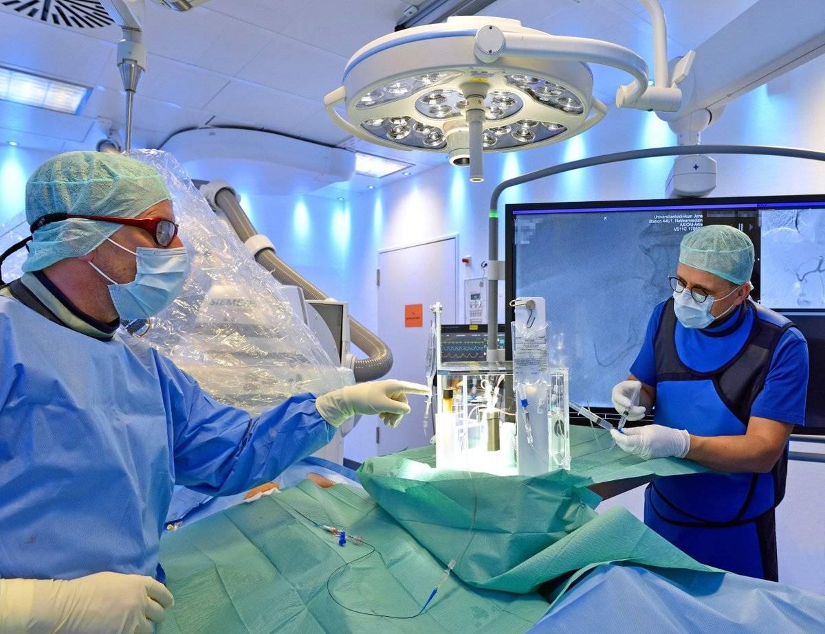 Что нужно для лечения в клинике шарите