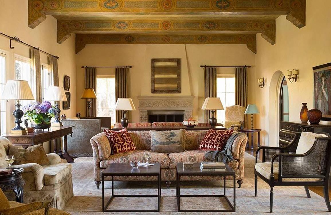 Испанский стиль в интерьере (63 фото): дизайн кухни, ванной и других комнат в квартире, выбор плитки на пол, мебели и дверей