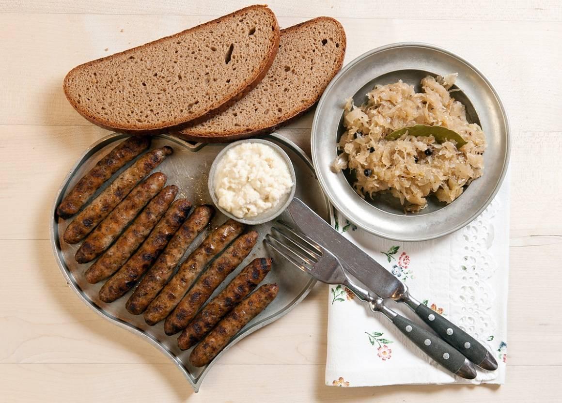 Как готовятся настоящие нюрнбергские колбаски. вкусная германия: нюрнбергские колбаски