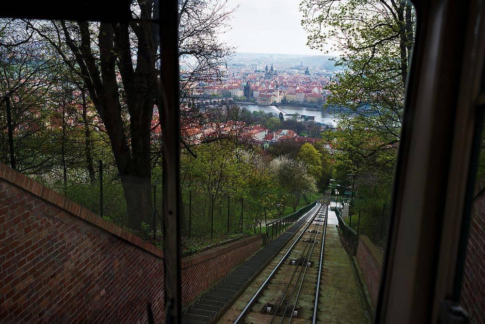 Петршинский холм 2021, прага. смотровая башня, фуникулер, как добраться, цена, отели – туристер.ру